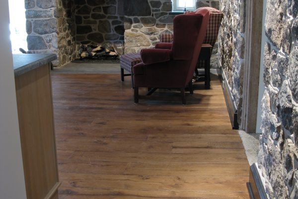 Reclaimed Antique Resawn white oak (2)